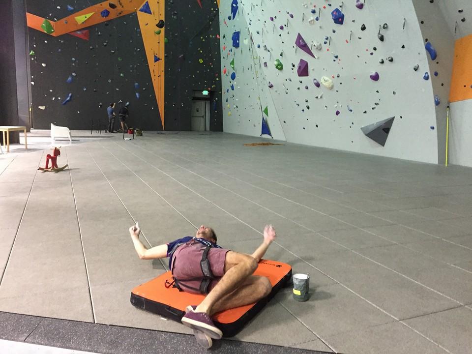 L Escalade Fitness Futurist Climbing
